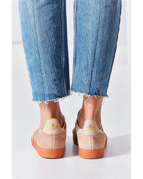 Promo Sepatu Adidas Gazele Suede Sol Gum adidas originals originals suede gum sole gazelle sneaker in blue lyst