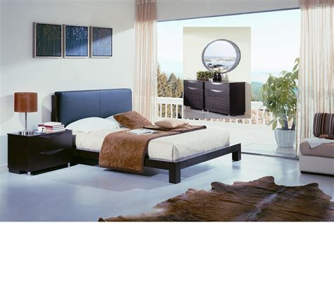 modern platform bedroom set dreamfurniture com linda contemporary platform bedroom set