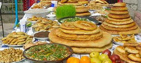 zoroastrian eat a vegetarian feast for ghambar maidyarem