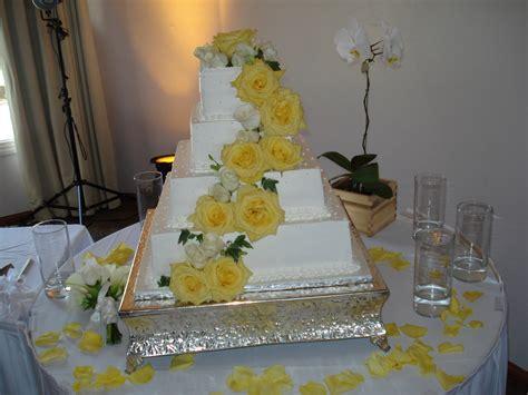 Wedding Cake Yellow Roses by Home Ochorioscatering Net