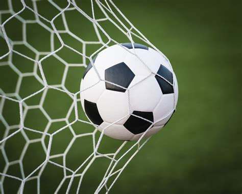 Bola Lu Emergency follow these guidelines for moveable soccer goal safety