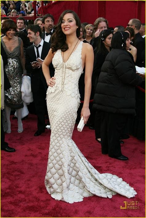 Marion Cotillards Oscar Dress From Runway To Carpet by Top 25 Best Oscar Dresses Revealed
