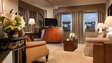 yale room and board new suites accommodations omni new at yale