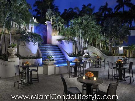 ritz carlton coconut grove condos  sale  sw