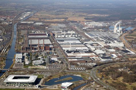 Auto Plus Ag Zentrale Wolfsburg by Hagelsch 228 Den Bei Vw 17 000 Neuwagen Betroffen Autobild De
