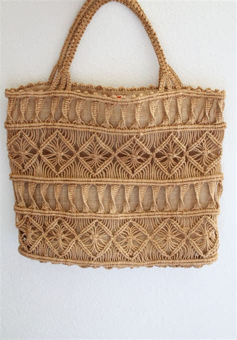 Macrame Bags - 25 best ideas about macrame bag on paracord