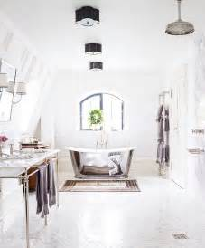 White Bathrooms Ideas by Decorating Ideas For White Bathrooms