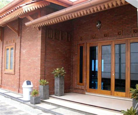 gambar rumah minimalis 1 lantai dengan bata expose