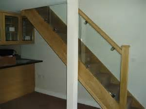 Glass Banisters Uk Glass Balustrading And Balconies Glass Amp Glazing Solutions