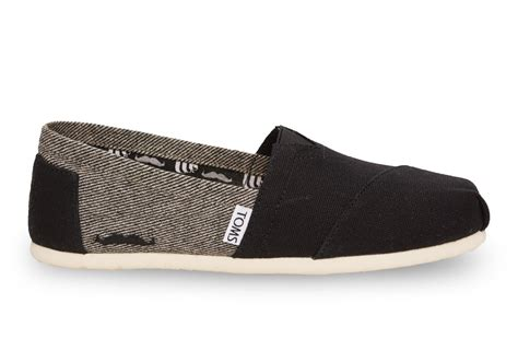 footwear gt gals shoes gt casual shoes gt toms shoes