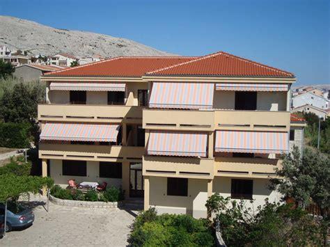 appartamenti a pag croazia camere e appartamenti pensione mare isola di pag croazia