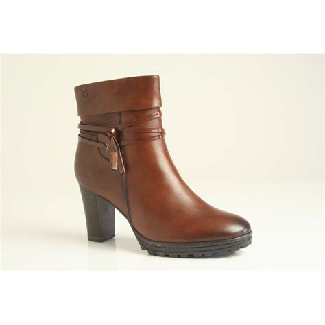 caprice ankle boot with platform sole in high grade