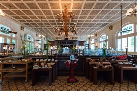 Bar Billiard Room by Sunday Chagne Brunch At The Raffles Hotel Singapore