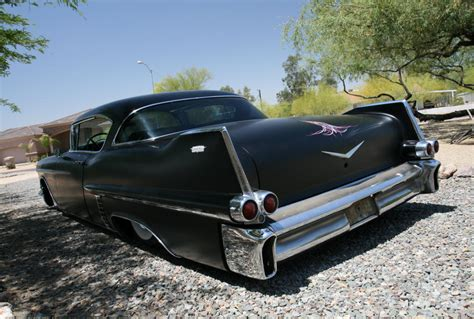 who made cadillac who is cadillac made by 1900 cadillac pictures to pin on