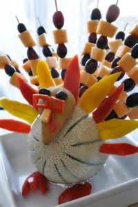 thanksgiving fruit turkey fruit and vegetable d 233 cor for thanksgiving skinnytwinkie