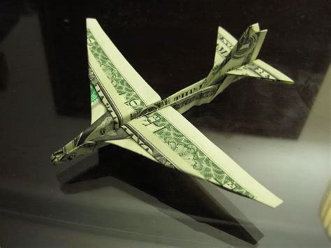 Hundred Dollar Bill Origami - 25 best ideas about dollar bills on five