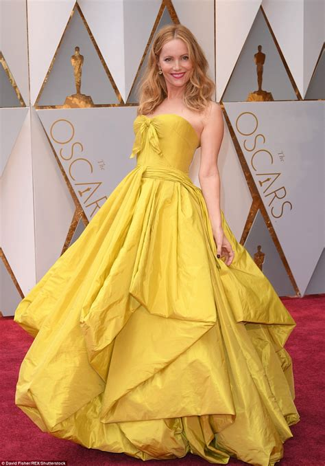 Oscars Fall 2007 And The Beast by Oscars 2017 Worst Dressed On The Carpet Daily Mail