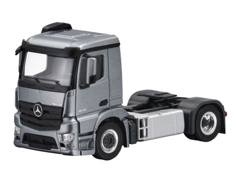 model commercial vehicles antos 2 axle tractor scale 1 87 commercial vehicles