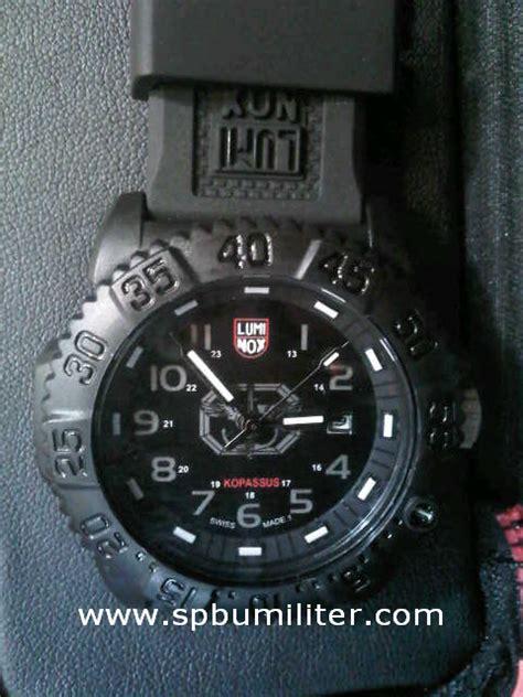 Jam Tangan Militer Luminox jam tangan luminox kopassus spbu militer