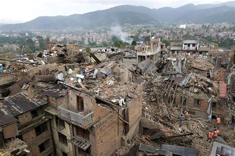 earthquake nepal nepal earthquake rescuers struggle to reach villages as