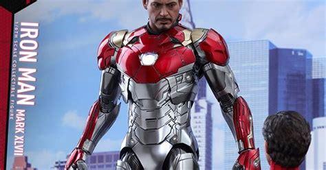 hot toys spider man homecoming iron man mk xlvii iron man mark xlvii spider man homecoming hot toys figure