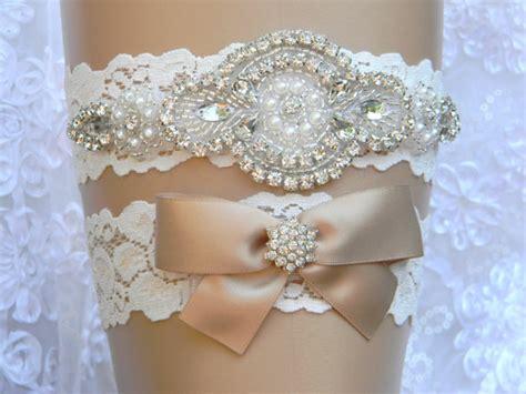 Set Garter wedding garter set lace flower bridal garter pearl and