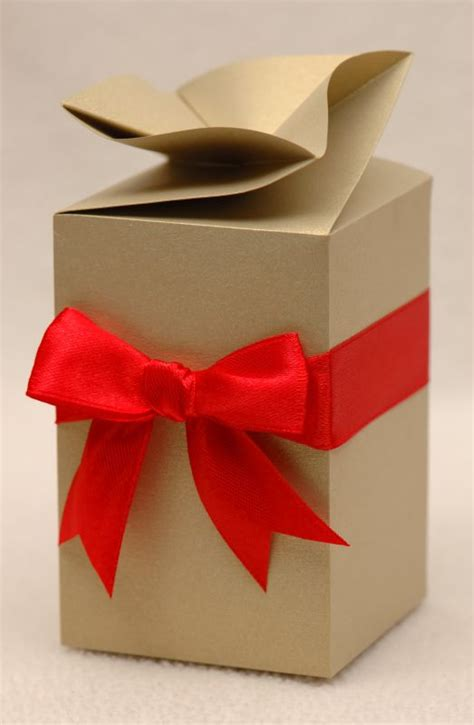 Origami Twist - origami square twist top box deluxe gift box wedding favour box felt
