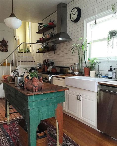 Eclectic Rustic Decor by Best 25 Vintage Homes Ideas On Vintage Houses