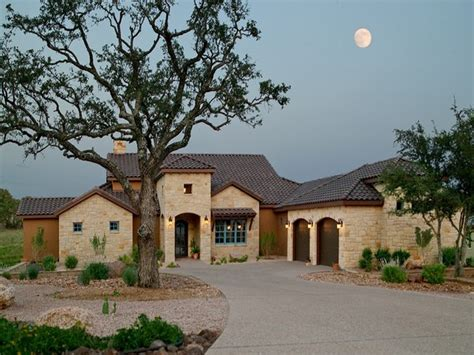 typical house style in texas texas tuscan style homes hacienda style homes in mexico mediterranean custom homes mexzhouse com