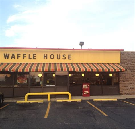 Waffle House Near Location by Waffle House Breakfast Brunch 1290 Archer Dr Troy