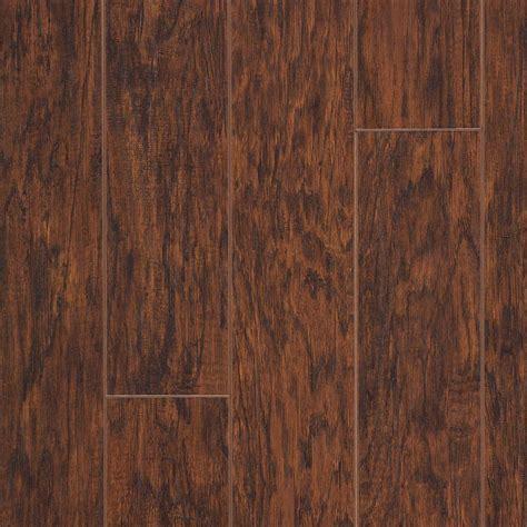 Hickory Laminate Flooring Pergo Xp Asheville Hickory Laminate Flooring 5 In X 7 In Take Home Sle Pe 882879 The