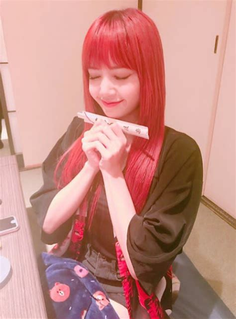 blackpink lisa instagram photos lisa blackpink instagram update 09162017 lisa oppa