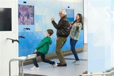 wann vor abflug am flughafen flughafen frankfurt er 246 ffnet gaming world im abflugbereich