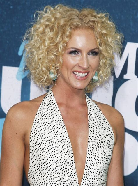 kimberly schlapman kimberly schlapman picture 31 2015 cmt music awards