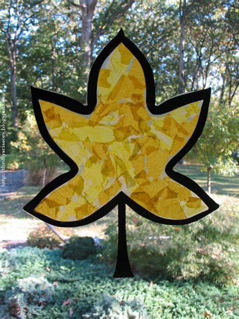 Paper Crafts For 3 Year Olds - a fall leaf craft for two and three year olds thrifty