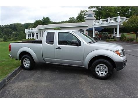sell used 2006 nissan frontier xe extended cab pickup 4 door 2 5l in philadelphia pennsylvania find used 2006 nissan frontier xe king cab extended cab 2wd auto pickup truck extra clean in