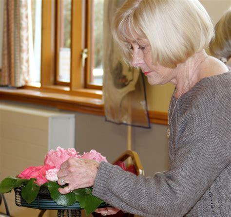 flower arranging class flower arranging class at burcot village hall burcot