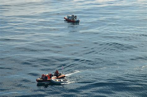 fire boat san pedro dvids images coast guard locals respond to boat fire