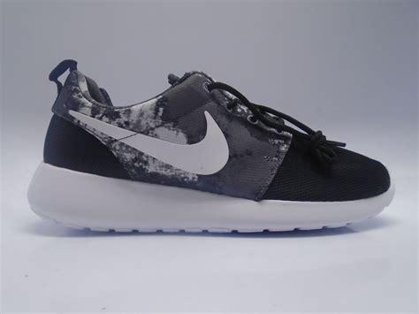 Nike Roshe Run Pria Running Black White Premium B21 9268 nike roshe run white runteesvalley co uk