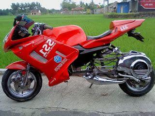 Modifikasi Vespa S 150 Racing by Gambar Vespa Modifikasi Militer Racing Modifikasi Motor