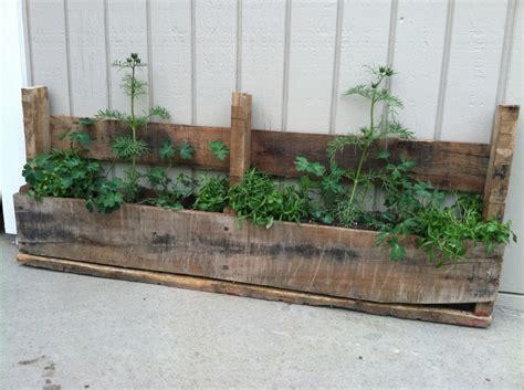 25 Best Images About Pallets On Pinterest Kitchen Pallet Planter Box