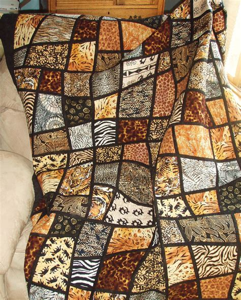 size bed quilt jungle animal prints in mosaic by