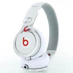Beats by dr dre mixr headphones dj equipment review djbooth
