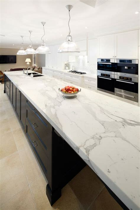 White Kitchen Cabinets With Backsplash by 29 Quartz Kitchen Countertops Ideas With Pros And Cons