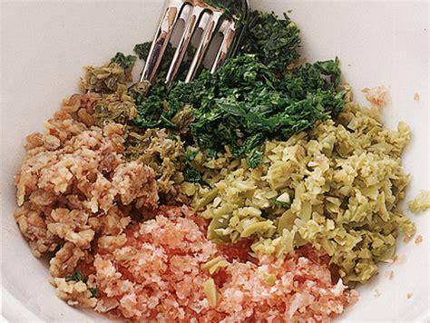 cucinare involtini di carne come cucinare gli involtini di carne ripieni sale pepe