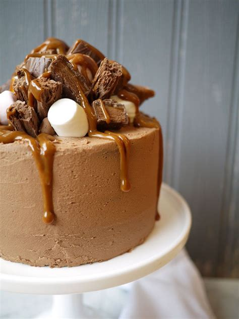 caramel rocky road cake recipes chocolate caramel cake rocky road cake cake