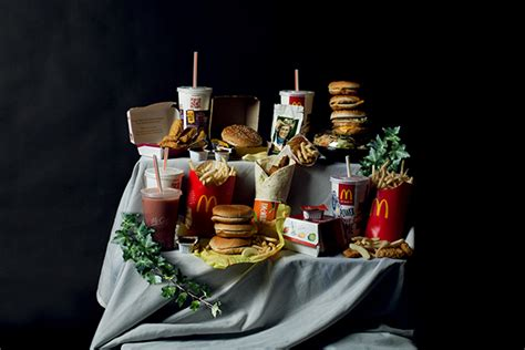 amazing canned food art 18 pieces my modern met contemporary pieces junk food still life photos