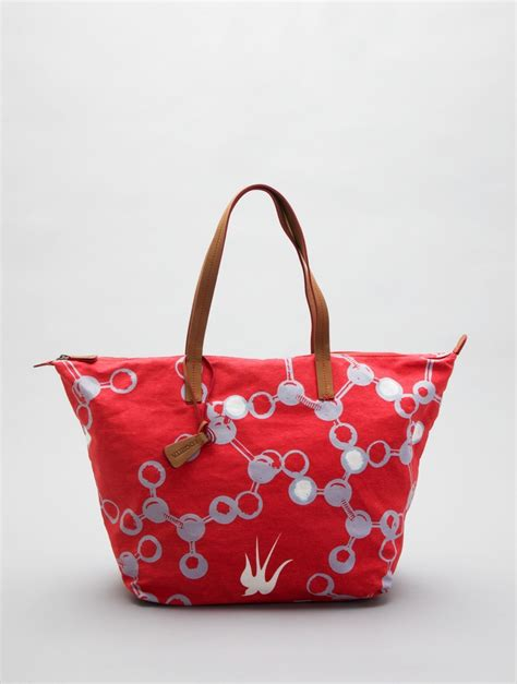Gadget Of The Day A Must Designer Handbag by Molecule Canvas Tote By Loquita Must