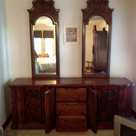 Vintage Thomasville Bedroom Set King by Retired Thomasville Collections Bedroom Furniture 1980s