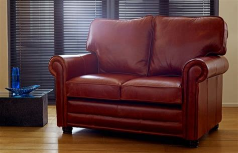 Traditional Leather Sofas Uk Lincoln Traditional Leather Sofa Leather Sofas